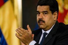 """El presidente de Venezuela, Nicolás Maduro, rechazó este sábado por """"indignantes"""" las declaraciones del embajador de EE.UU. ante la Organización de Estados Americanos (OEA), Michael Fiztpatrick, al tiempo que rechazó que un Gobierno extranjero """"pretenda opinar"""" sobre la vida de """"un país soberano"""".</p>"""