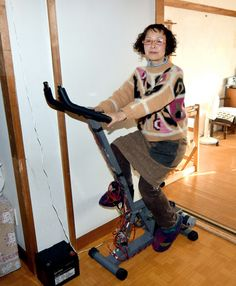 Chikako Fujii used to leave the TV on all the time, but since the Fukushima nuclear disaster inspire Nuclear Disasters, Go Off, Fukushima, Off The Grid, Giving Up, 4 Years, Sustainable Living, Inspire, Woman