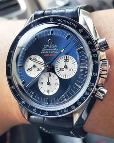 Get first copy of branded watches online on Amazing Baba. Here you can buy replica luxury watches online, Replica Watches aaa quality & First Copy Watches at less prices. Amazing Watches, Beautiful Watches, Cool Watches, Vintage Watches For Men, Luxury Watches For Men, Moonwatch Omega, Rolex, Skeleton Watches, Mens Sport Watches
