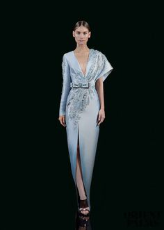 haute couture fashion – Gardening Tips Couture Dresses, Fashion Dresses, High Fashion, Womens Fashion, Indie Fashion, Street Fashion, Fashion Weeks, Mode Inspiration, Marchesa