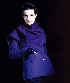 Claude Montana, Harper's Bazaar, September 1988. Photograph by Paolo Roversi.