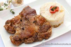 Baked pork meat (in Romanian) Romanian Food, Romanian Recipes, Pork Recipes, Cooking Recipes, Pork Meat, Baked Pork, Tandoori Chicken, Carne, Baking