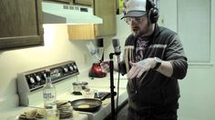 "THIS MADE MY DAY :] Mac Lethal ""Look at me now"" (pancake rap)"
