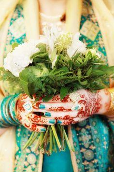 Hochzeitsfotograf   Fotografin Hamburg   Hochzeitsfotografie   Rosen   Brautstrauß   Braut mit wunderschönen Henna-Tattoos   Bride   Wedding Photography   Roses   Himmelreich Fotografie   www.himmelreich-fotografie.de