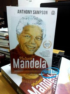 Nelson Mandela (Authorized Biography)