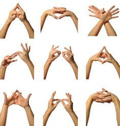 By discovering the magical world of yoga mudras, holistic health and harmony really can be found at your fingertips. Yoga Bewegungen, Hatha Yoga, Yoga Meditation, Kundalini Yoga, Pranayama, Yoga Handstand Poses, Yoga Poses, Finger Yoga, Finger Gym