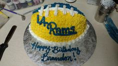 La rams 30 Birthday Cake, It's Your Birthday, Cupcake Frosting, Cupcakes, La Rams, Bowl Game, Super Bowl Sunday, Frostings, Bobs