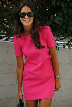 Inspirational ideas for hot pink dress outfit Dress Me Up, Pink Dress, Poppy Dress, Dress Black, Mode Style, Style Me, Classy Style, Simple Style, Dress Skirt