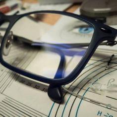 #optica #eyewear #haciendoanteojos #anteojos #calleguemes #mardelplata #mdq #argentina #lentes #opticaguemesmdp #zeiss #individual2 #rayban