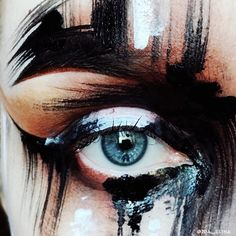 Delineated, smoky, colors, shapes and techniques to make up your eyes every time We propose ten eye makeup looks for different tastes and. Eye Makeup Art, Eye Art, Makeup Inspo, Beauty Makeup, Hair Makeup, Prom Makeup, Makeup Ideas, Make Up Art, Eye Make Up