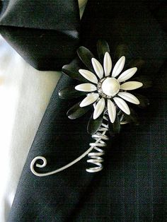 Hey, I found this really awesome Etsy listing at https://www.etsy.com/listing/125742401/metal-flower-boutonnieres-brooches