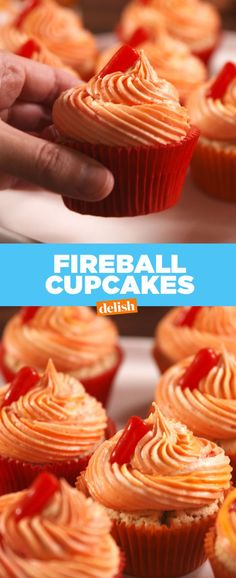 cupcakes rezepte These fireball cupcakes from taste exactly like your favorite Hot Tamales candies. Cupcake Recipes, Cupcake Cakes, Dessert Recipes, Cupcake Emoji, Icing Cupcakes, Dessert Food, Cupcake Ideas, Birthday Cupcakes, Fireball Cupcakes