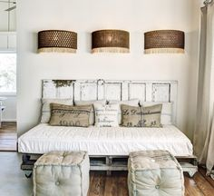 daybed headboard only.daybed from twin headboards.daybed with bookcase headboard. Small Rooms, Small Spaces, Queen Daybed, Headboard From Old Door, Headboard Ideas, Headboards, Old Bed Frames, Diy Daybed, Pallet Daybed