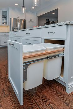 70 spectacular ideas for custom kitchen islands - . 70 Spectacular Ideas for Custom Kitchen Islands - ., 49 Cool little kitchen design with island - - Home Decor Kitchen, Diy Kitchen, Home Kitchens, Kitchen Ideas, Custom Kitchens, 10x10 Kitchen, Kitchen Sinks, Long Kitchen, Funny Kitchen