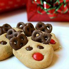 Reindeer Cookies @keyingredient #peanutbutter #chocolate