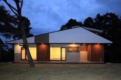 碧(みどり)に浮かぶ 森閑な佇まい 外観|重量木骨の家 選ばれた工務店と建てる木造注文住宅