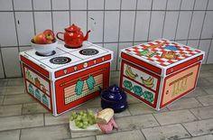 Juguetes de cartón http://www.mamidecora.com/juguetes.%20educativos%20-villa%20carton.html