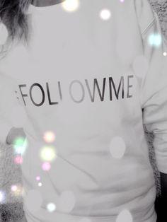 #followme #sweatshirt #gilr #white #sporty #fashion #style #felpa #hashtag #ffashionblogger #felpe #outfit felpa hashtag #followme tshirt , sweatshirt, outfit sporty fashion napoli brand #001, amanda marzolini the fashionamy blog, fashion blogger ...