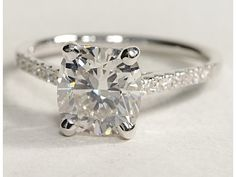 classic but elegant. I'd like this with a 1 carat rock