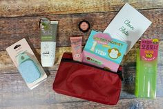 Check out the December 2016 review of Beauteque BB Bag, a monthly Asian beauty subscription! Use coupon code to get a free gift set!     December 2016 Beauteque BB Bag Subscription Box Review + Coupon →  https://hellosubscription.com/2017/02/december-2016-beauteque-bb-bag-subscription-box-review-coupon #Beauteque  #subscriptionbox