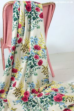 Vintage Home Shop - 1940s Barkcloth Curtains with bunches of Dahlias, Cornflowers and Goldenmosa: www.vintage-home.co.uk