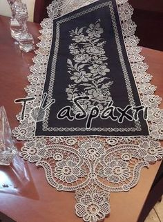 Cross Stitch Embroidery, Hand Embroidery, Romanian Lace, Point Lace, Irish Lace, Table Runners, Tatting, Projects To Try, Fashion Outfits