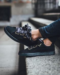 PUMA Suede Heart Satin W 'Puma Black' available @titoloshop ⬆️ link in bio.