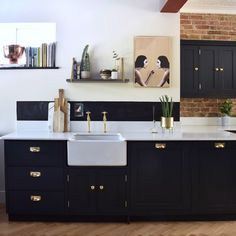 Before & After: An Essex Kitchen And Powder Room – Design*Sponge Kitchen Units, Kitchen Cupboards, Kitchen Dining, Dining Room, Apartment Kitchen, Kitchen Interior, Black Kitchens, Home Kitchens, Houses