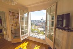 Lovely sunny apartment with balcony&beautiful view - Apartments for Rent in Paris, Île-de-France, France Paris Apartment Rentals, Paris Apartments, Rental Apartments, Small Apartments, Modern Renaissance Looks, Paris Cafe, Small Cafe, Rat, Balcony