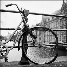 ishootfilm: Bikes in Amsterdam
