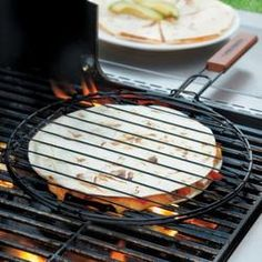 Mexican food lovers will love this quesadilla grilling basket for their next BBQ! It's easy to use and you can flip your quesadilla in one swift turn. Non-stick coating. Making Hot Dogs, Grill Basket, Kitchen Remodel Cost, Camping Meals, Camping Stuff, Bbq Grill, Barbecue, Grilling Recipes, Pizza Recipes