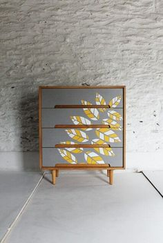 retro furniture Beautiful retro teak chest of drawers in grey yellow white leaves Funky Furniture, Repurposed Furniture, Furniture Projects, Furniture Makeover, Vintage Furniture, Painted Furniture, Home Furniture, Furniture Design, Bedroom Furniture