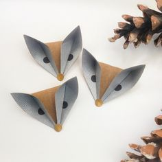 image. These little foxes came from Ceylon Paper Works.
