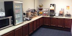 Settle Inn & Suites O'Fallon, Illinois Breakfast Area