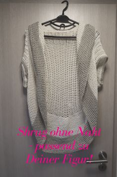 Baby Knitting Patterns Cardigan Here& a guide on how to get your own, individual soul heat . Knit Shrug, Crochet Cardigan Pattern, Knit Or Crochet, Shrug Sweater, Ravelry Crochet, Easy Crochet, Baby Knitting Patterns, Crochet Patterns, How To Start Knitting
