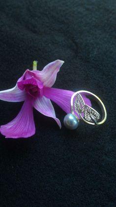 Pin bb 5F2B92EA no wa 081917256622. Google +: shop lombok ...jewelry jewelrydesigner #jewellry #pearlnecklace #pearl #pearljewelry #mutiara #seapearl #mutiaralombok #mutiaralaut #cincin #cincinmutiara #cincinmurah #necklaces #earring #ring #earringgaddict #earringsoftheday #bracelets  #kalung #kalungmurah #kalungmutiara #anting #antingmutiara #gelang
