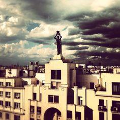 #granviamadrid #madrid Statue Of Liberty, Madrid, Travel, Sky, Statue Of Liberty Facts, Viajes, Statue Of Libery, Destinations, Traveling