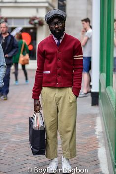 Boy From Dagbon is not just a street style destination but an Encyclopedia of style. Ivy Style, Mode Style, Men's Style, Urban Fashion, Retro Fashion, Mens Fashion, Street Fashion, Urban Looks, Mature Men