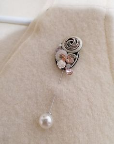 Handmade Pin Brooch Design Crafts, Brooch Pin, Brooches, Belly Button Rings, Pearls, Silver, Pink, Handmade, Color