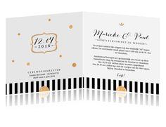 Chique trouwkaart met klassieke vormgeving, in zwart en wit en accentkleur goud. Helemaal hip op dit moment!  #wedding #invitiation #weddinginvite #trouwen #hipdesign #trouwcollectie #chique #trouwkaarten