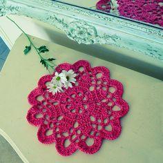 Crochet doily pattern  Mandala or Tarn Rug PDF - easy ebook pattern - make a  tarn rug  doily with same pattern