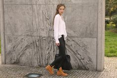 timberland outfits How To Wear Timberlands, Timberlands Shoes, Timberlands Women, Cos Jeans, Timberland Outfits, Fall Winter Outfits, Winter Clothes, Autumn Winter Fashion, Autumn Street Style