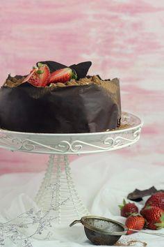 Tiramisu cake with chocolate Chocolate Tiramisu, Tiramisu Cake, Cake Chocolate, Cannoli, Cupcakes, Frosting, Pudding, Sweets, Google Translate