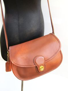 Reserved For Kathleen Vintage Coach Prairie Bag Saddle British Tan Leather 1980s Usa Excellent Condition