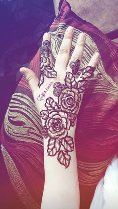 Rose Mehndi Designs, Mehndi Designs For Girls, Mehndi Designs For Beginners, Modern Mehndi Designs, Mehndi Design Pictures, Wedding Mehndi Designs, Unique Mehndi Designs, Mehndi Designs For Fingers, Henna Designs Easy