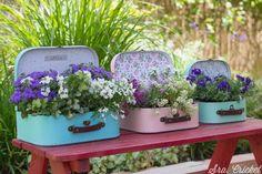 maceta maleta Plantar, Natural, Planter Pots, Diy, Presents, Antique, Decoration, Random, Google