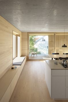Interior Design Idea – Add a low cabinet along a wall to create a window seat and extra storage storage Home Interior Design, Interior Architecture, Interior Ideas, Low Cabinet, Timber House, Wood Interiors, Minimalist Home, Minimalist Interior, Design Case