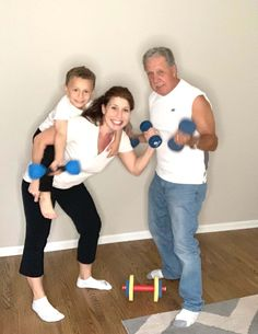 Healthy Mom, Happy Family with Erin Palinski-Wade, RD CDE nutrition and diabetes expert, busy mom of 2- Showing busy moms how to make time for health, even when they have no time for themselves. #healthyliving #happyfamily #fitnesstips #wellness