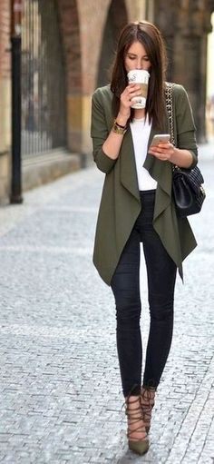 15 Stunning Casual Work Outfits For Women - Eweddingmag.com Fashion Mode, Work Fashion, Trendy Fashion, Fashion Outfits, Womens Fashion, Fashion Heels, Fashion Black, Jackets Fashion, Trendy Style