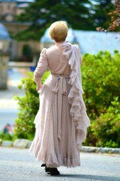 knit lace skirt and shawl
